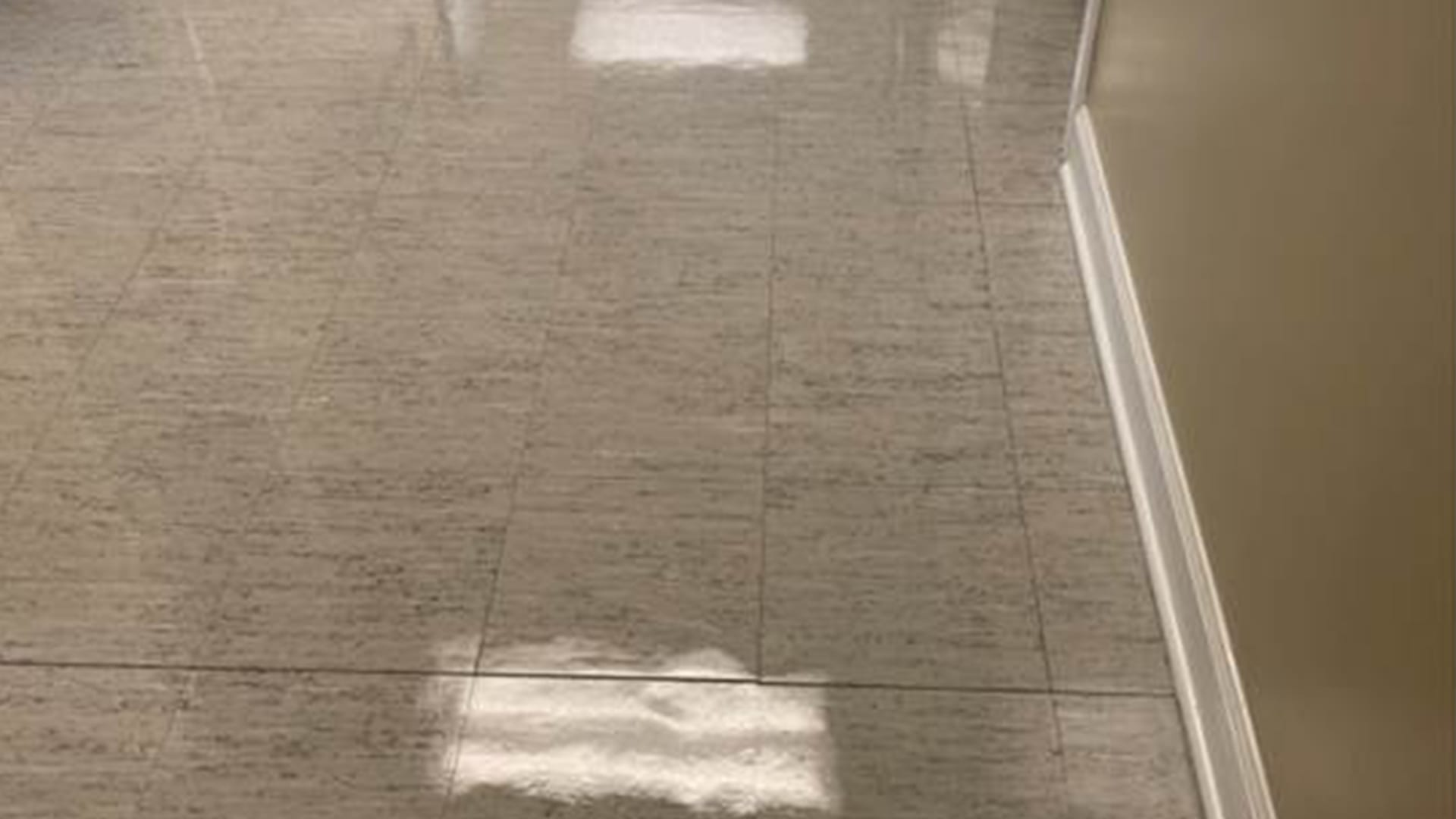 Clean and tidy vct tiles